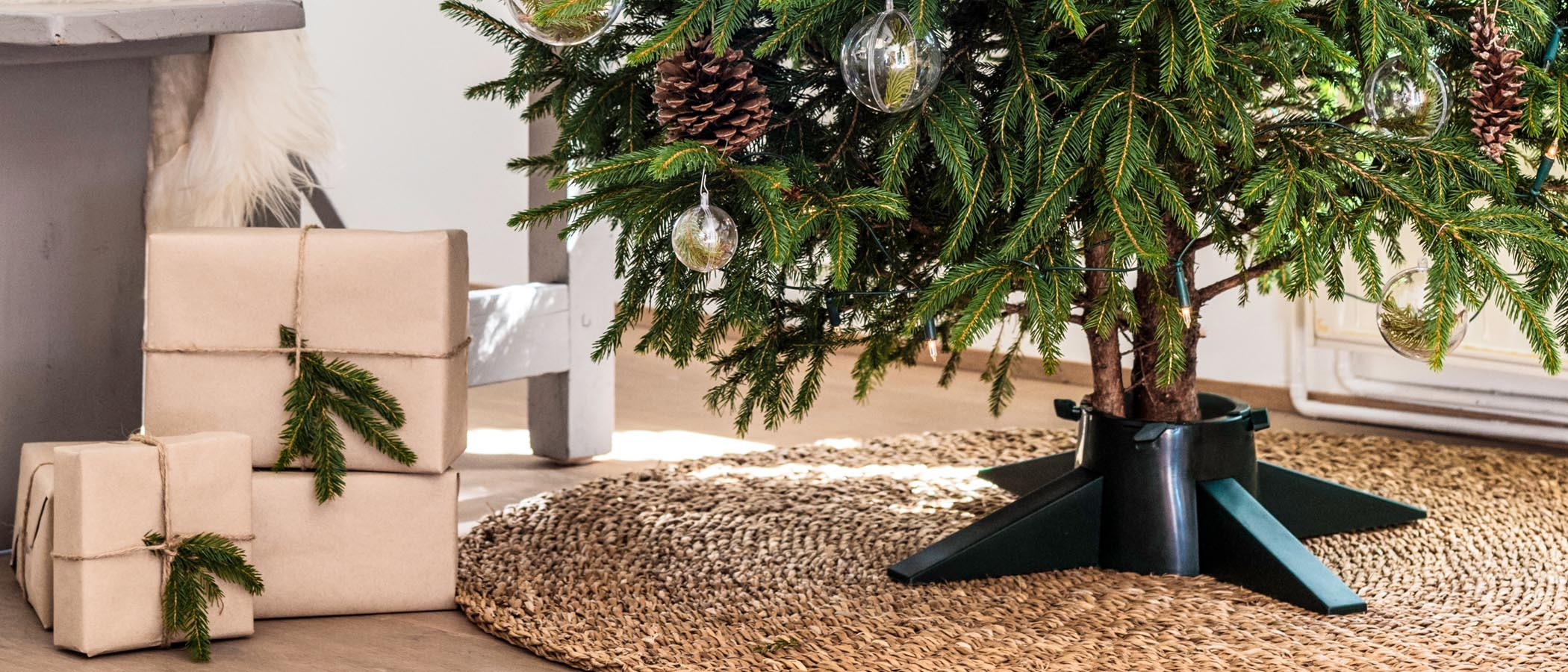 Essential Christmas Decorations.Tree Nest Decorations Essential Christmas